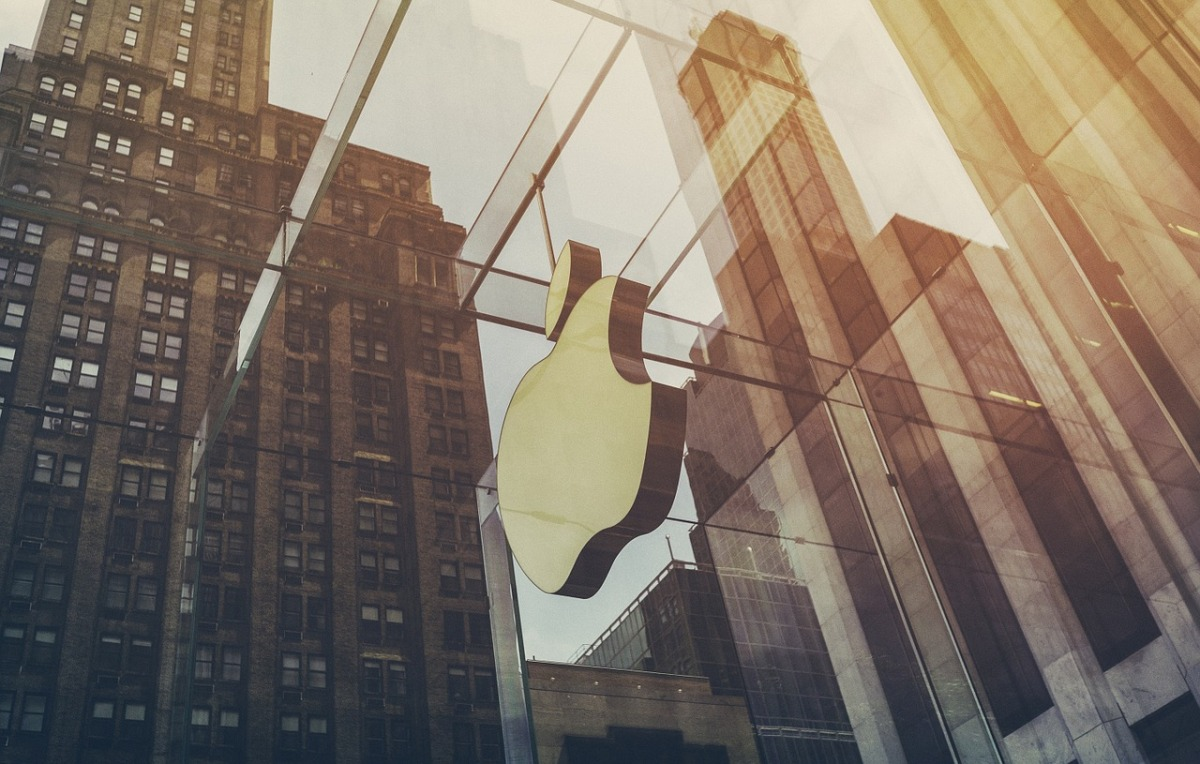 Apple secures key supplier for Augmented Reality laser chips