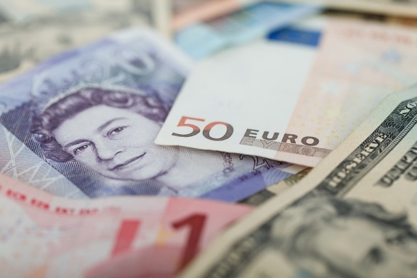 currencies-69522_960_720